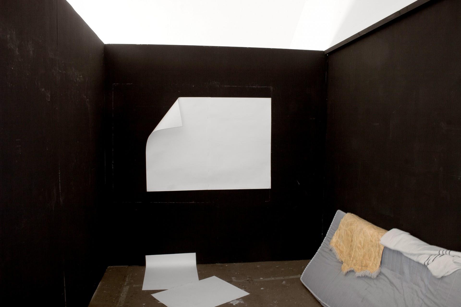 BEN VAN DEN BERGHE Bühnen, Galleri NON, Istanbul, 2011
